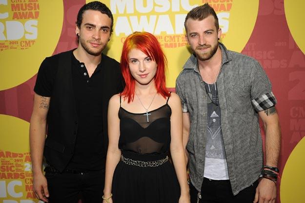 Paramore: válečné video a ohlášený koncert v Praze