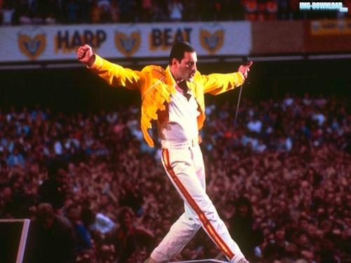 Queen se vracejí na pódia, Mercuryho nahradí Adam Lambert