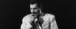 Nejchytlavější  písnička je We Are the Champions od Queen