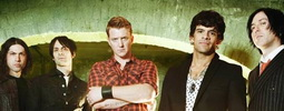 VIDEO: Poezie násilí Queens of the Stone Age