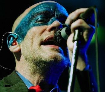 Podívejte se na půlhodinový záznam z posledního koncertu R.E.M.