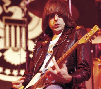 Kopie - 600full-johnny-ramone