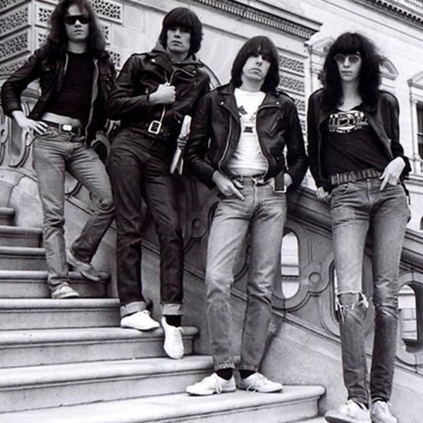 SMRT SI ŘÍKÁ ROCK'N'ROLL: Tommy Ramone (205.)