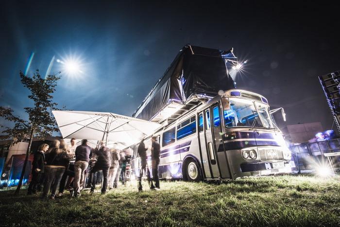 Red Bull Tour Bus opět vyráží na Rock for People i další festivaly
