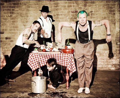 Red Hot Chili Peppers nabízejí záznam pražského koncertu