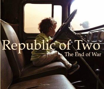 RECENZE: Republic Of Two ukončili válku a místy se ztratili v remixech