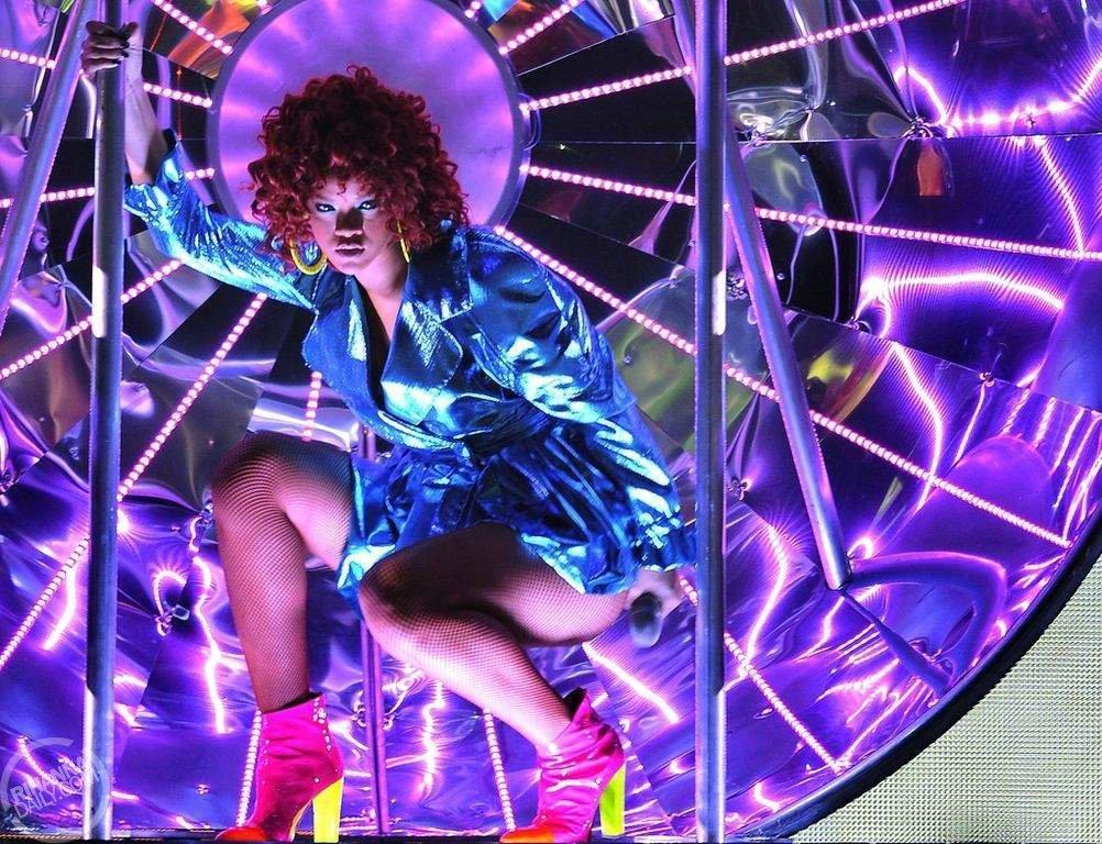 Rihanna čelí rasistickým narážkám holandského časopisu