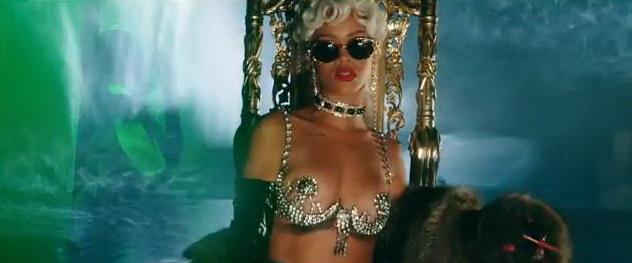 VIDEO: Rihanna dokazuje, že i na Youtube se dá najít porno
