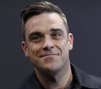 ROBBIE-WILLIAMS 2013 TOP