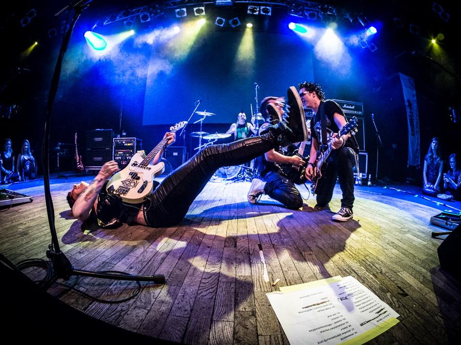 Rybičky 48 vyrážejí na turné se slovenskými punkrockery Konflikt