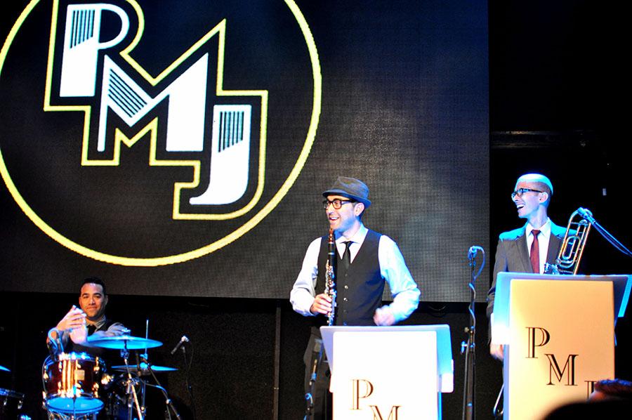 LIVE: Rozpálit jazzem Lucerna Music Bar? Scott Bradlee to dovede