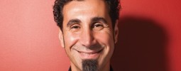 Serj Tankian: Musíme změnit styl života. Nebo zabít 3/4 obyvatel