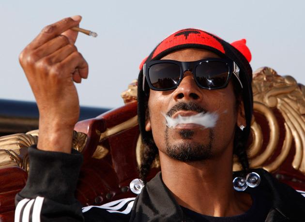 Snoop Dogg nesmí do Norska, byl přistižen s marihuanou