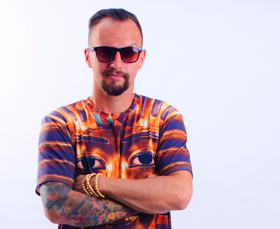 Slovenský rapper Suvereno vystoupí v Praze i s ATMO Music