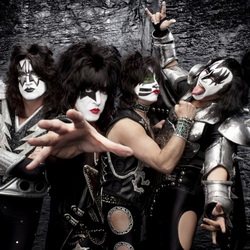 KISS1 - PC Brian Lowe -  copyright KISS Catalog Ltd LR