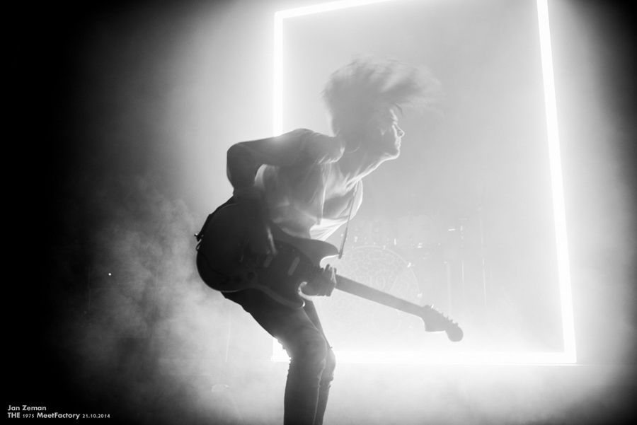 The 1975 live2014 12