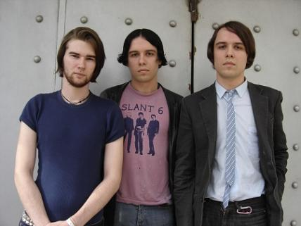 Indie rock v MeetFactory: přijedou The Cribs