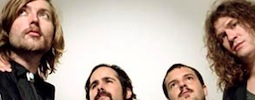The Killers mísí divoký západ se sci-fi, podívejte se