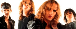 Zpěvák The Darkness chystá superband s bubeníkem Foo Fighters