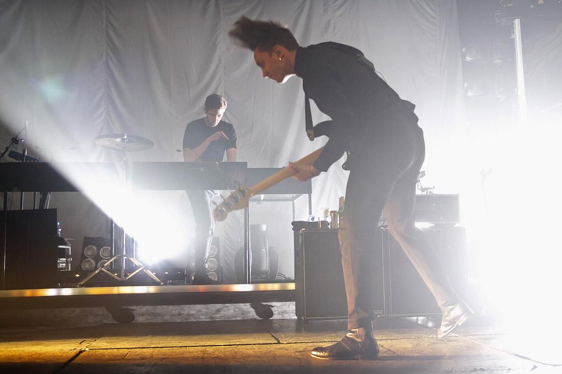 LIVE: The xx v Lucerně vylezli z šera na světlo