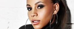 RECENZE: Tina na výběrovce postrádá zásadní písně