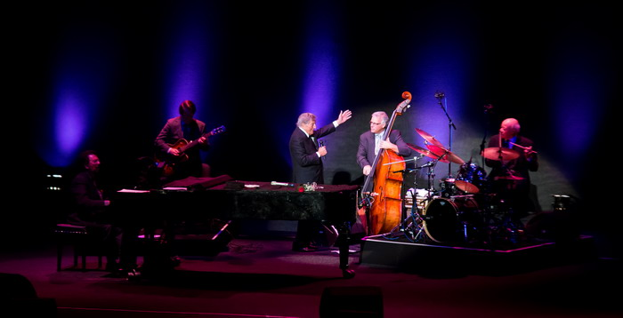LIVE: Tony Bennett vrátil části publika mládí. Přivezl s sebou písně své generace