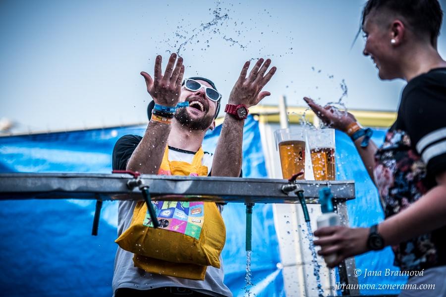 Euforie, radost i momentky: TOP 16 fotek července