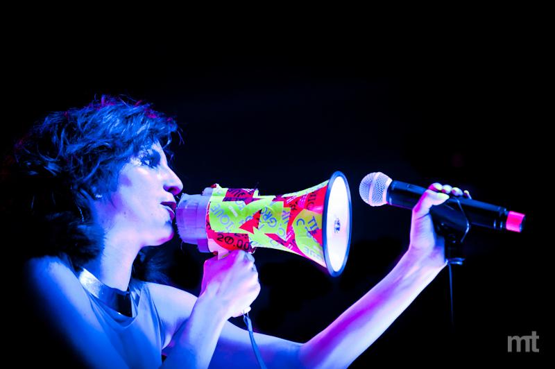 DOUBLE RECENZE Toxique: Od Amy Winehouse k dubstepu