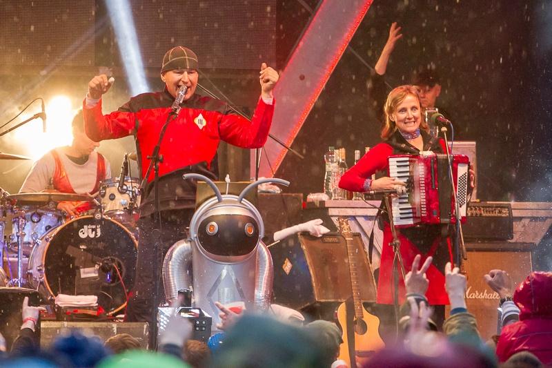 Tři sestry vyprodaly oba pražské koncerty, přidávají odpolední termín