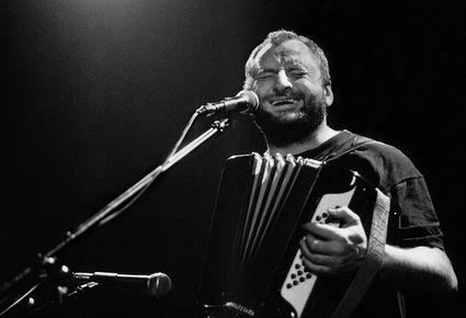 Václav Koubek slaví Kristova léta, gratulovat přijde písničkářská smetánka