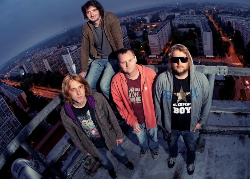 Vypsaná fixa dotočila EP k filmu Čtyři slunce a vyráží na turné