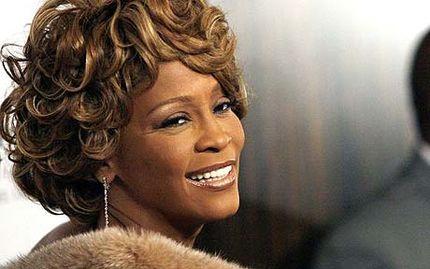 Whitney Houston má pohřeb v sobotu, důvod smrti se stále neví