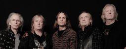 Baskytarista skupiny Yes Chris Squire zemřel na leukémii