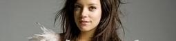 Poslechněte si nové album Lily Allen