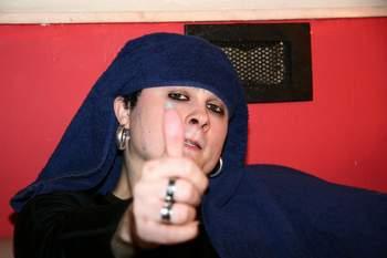 Love Gangsters: Cukr a bič