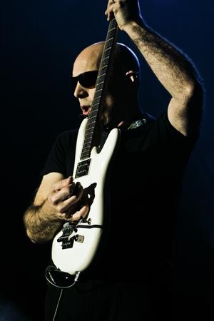 Joe Satriani v listopadu v Praze