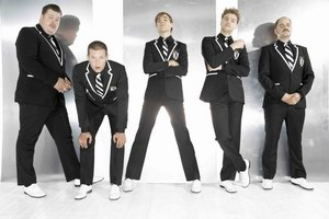 The Hives: Sensation Black & White