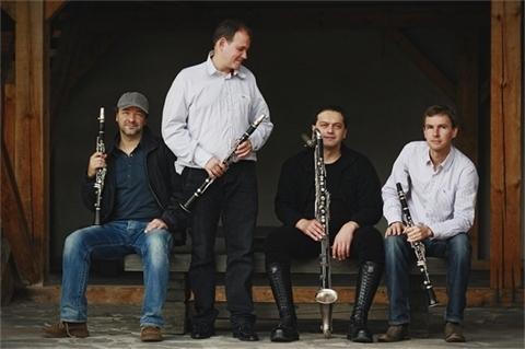 Clarinet Factory na šňůře