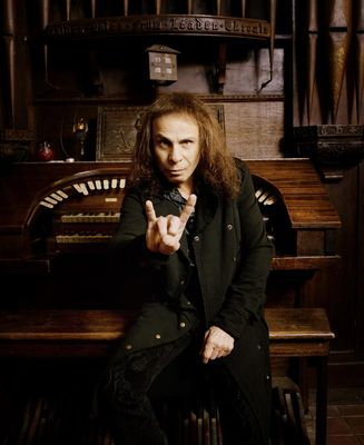 Ronnie James Dio: S růžky do pekla?