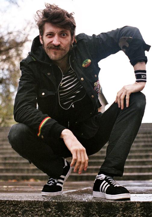 Zpěvák Gogol Bordello filmuje s Madonnou