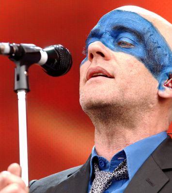 R.E.M. zveřejnili obal nového alba