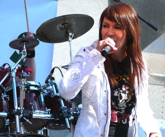 Anna K. vyráží na jubilejní turné