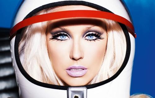 Christina Aguilera tvoří s Ladytron