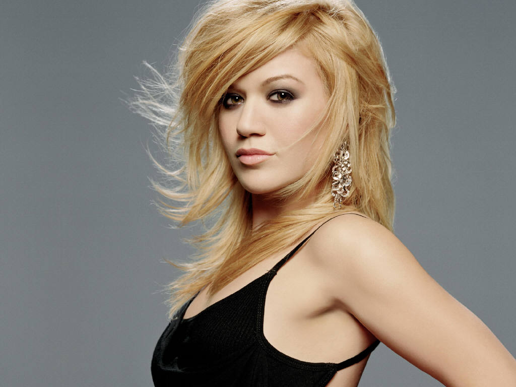 Kelly Clarkson vydává nové album