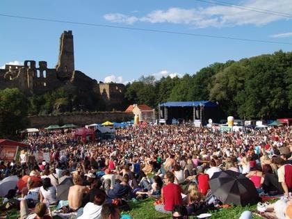 Festival Okoř oslaví deset let muzikou