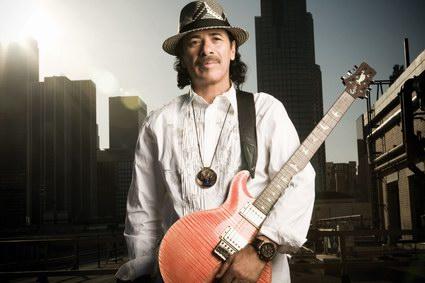 Santana vystoupí v říjnu v Praze