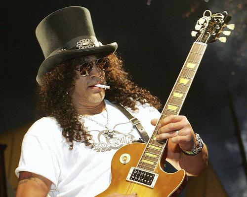 Slash vydá v dubnu sólový debut