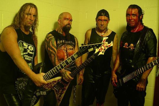 Slayer nadělují dárky fanouškům
