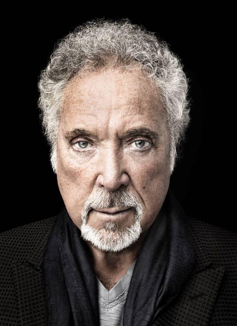 Tom Jones slaví 70 let novým albem