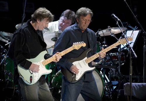 Clapton a Winwood oprašují klasiky